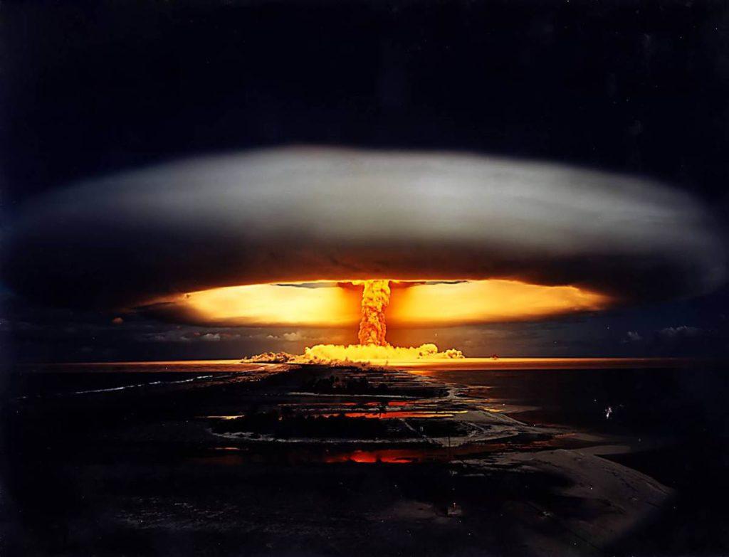 Risultati immagini per esplosione nucleare