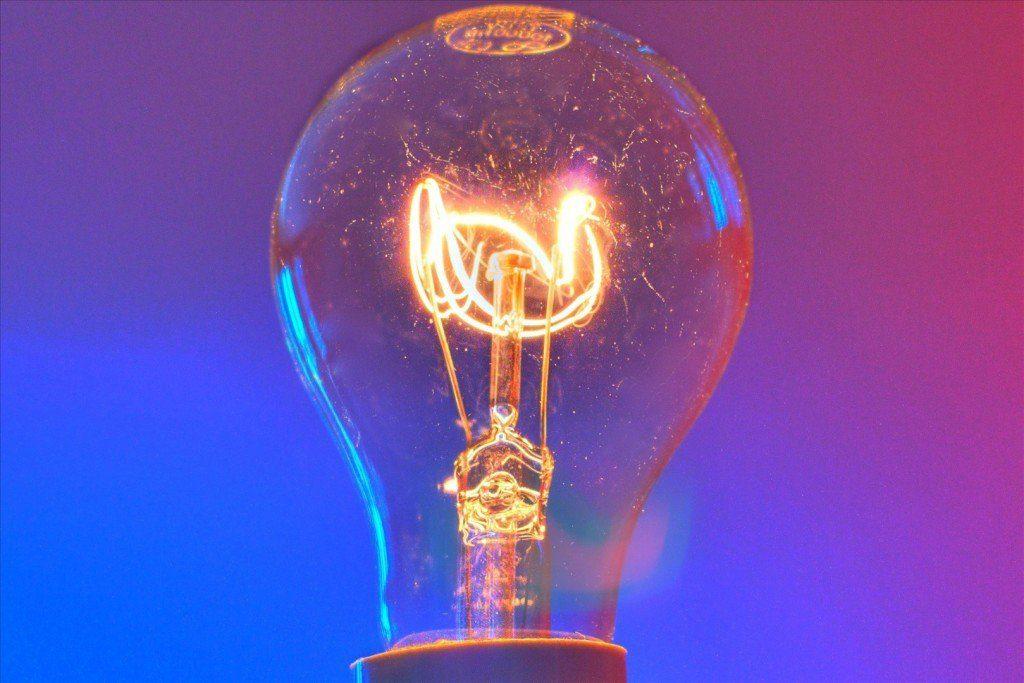 energia-elettrica-1024x683 Definizione di Energia Elettrica con esempi Energia Elettrica